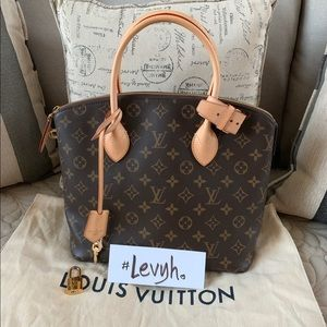 Authentic Louis Vuitton Lockit PM Monogram